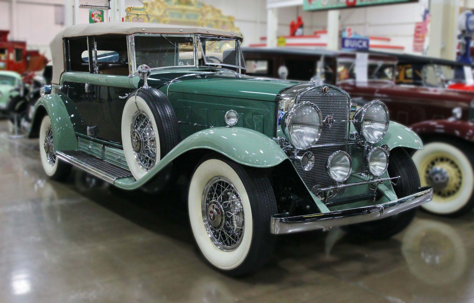 1930 Cadillac V16 Phaeton Series 452 Stahls Automotive